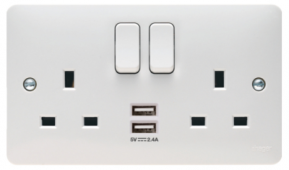 Sollysta 13A 2 Gang Dual Earth Switched Socket With Twin USB  WMSS82USB
